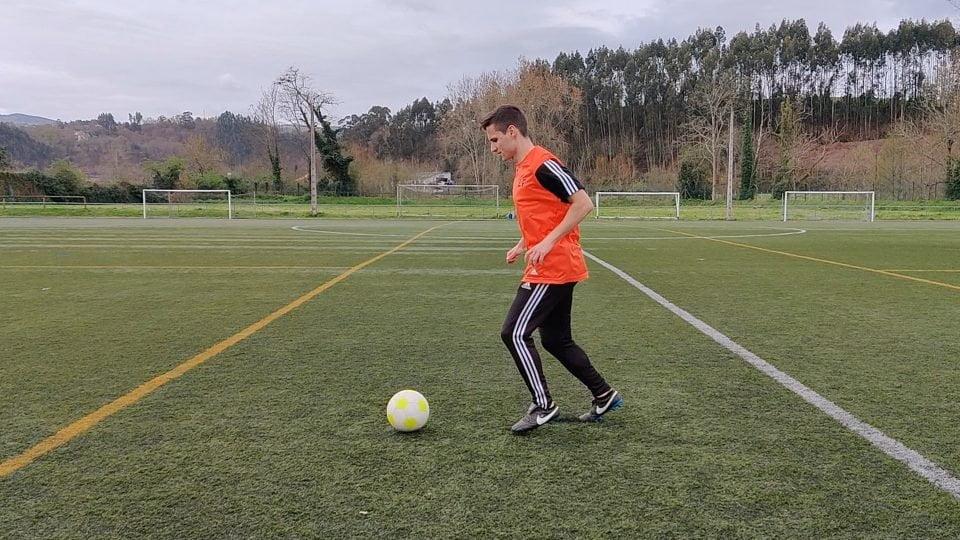 Ejercicios de futbol con balon