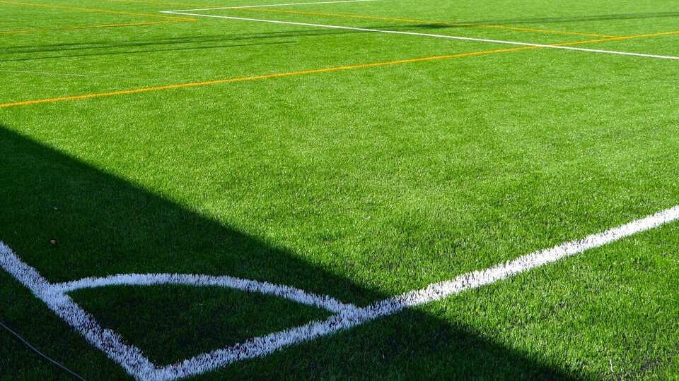 Línea de fondo en el fútbol