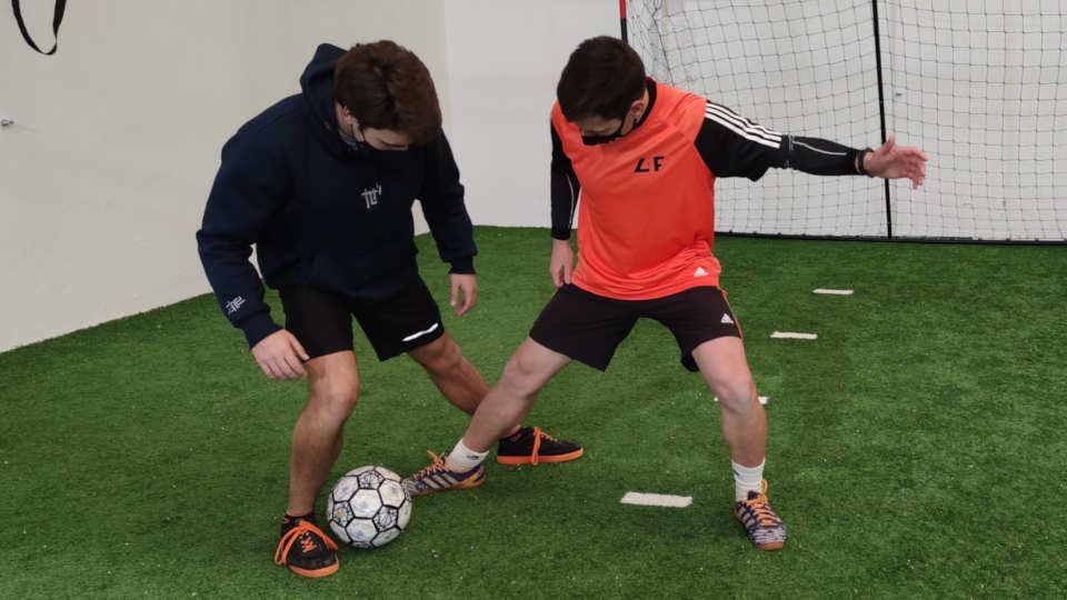 cómo hacer caños en fútbol